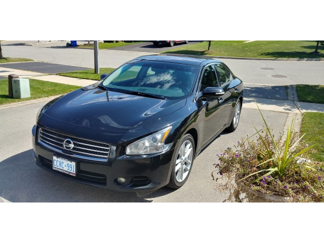 2010 NISSAN MAXIMA S in Mississauga, Ontario