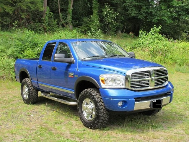 2008 Dodge RAM 2500 4X4 Cummins Turbo Diesel in Guelph, Ontario